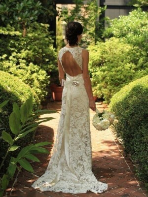 Sheath/Column V-neck Sleeveless Long Lace Wedding Dress