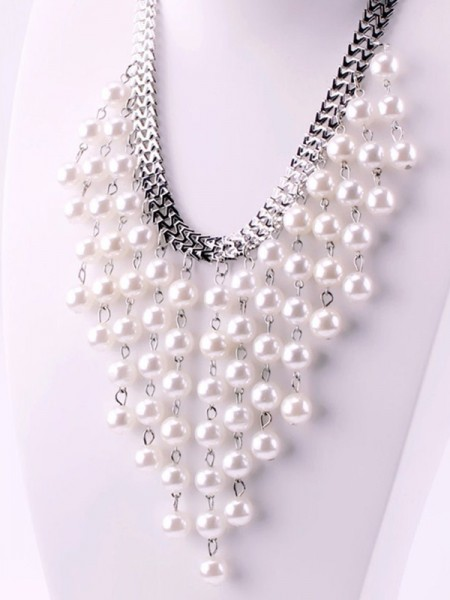 Hot Sale Luxurious Women's Pearl Necklaces
