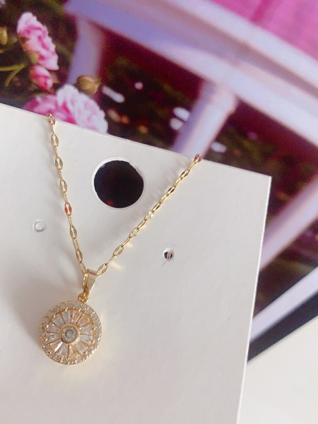 Women's Occident Pretty Titanium With Crystal Necklaces