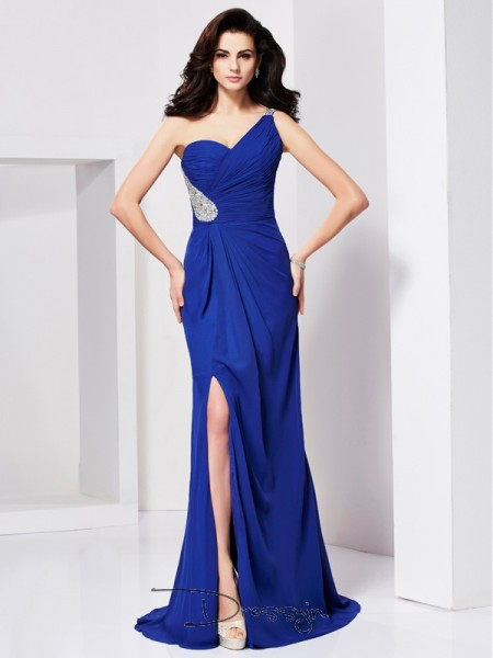A-Line/Princess Sleeveless One-Shoulder Pleats Beading Chiffon Long Dress