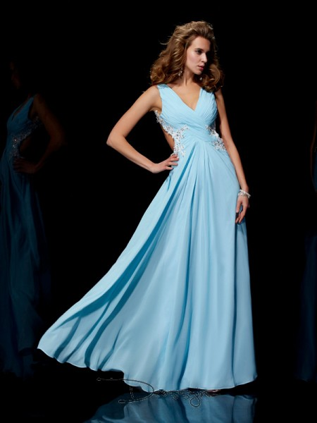 A-Line/Princess Sleeveless Straps Beading Applique Chiffon Floor-Length Dress
