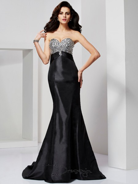 Trumpet/Mermaid Sleeveless Sweetheart Pleats Beading Taffeta Long Dress