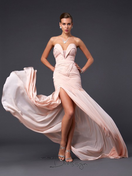 Sheath/Column Sleeveless Sweetheart Pleats Chiffon Long Dress