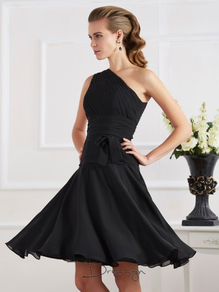 A-Line/Princess Sleeveless One-Shoulder Pleats Chiffon Knee-Length Dress