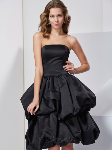 A-Line/Princess Sleeveless Strapless Satin Knee-Length Dress