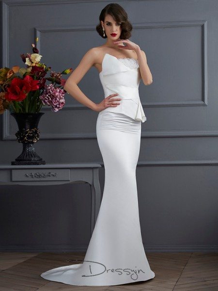 Trumpet/Mermaid Sleeveless Strapless Hand-Made Flower Satin Long Dress
