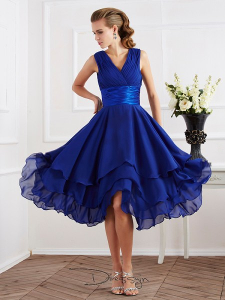 A-Line/Princess Short Sleeves V-neck Pleats Chiffon Tea-Length Bridesmaid Dress