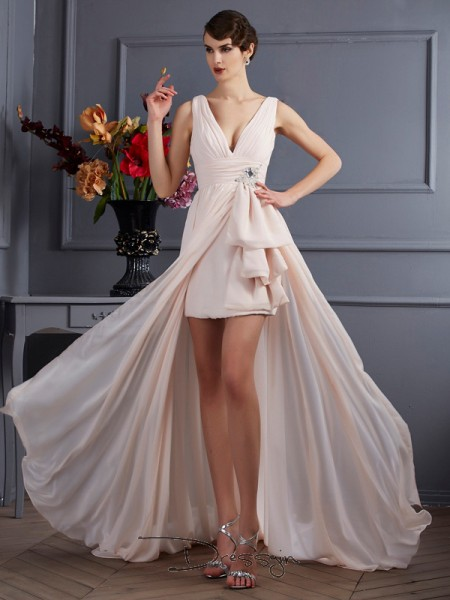 A-Line/Princess Sleeveless Straps Beading Chiffon Court Train Dress
