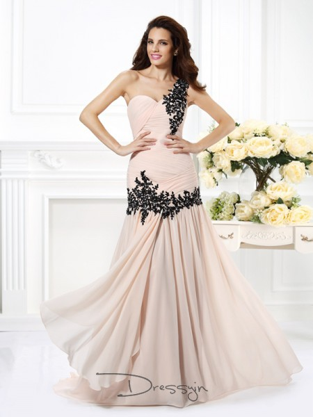 A-Line/Princess One-Shoulder Sleeveless Chiffon Beading Applique Long Dress
