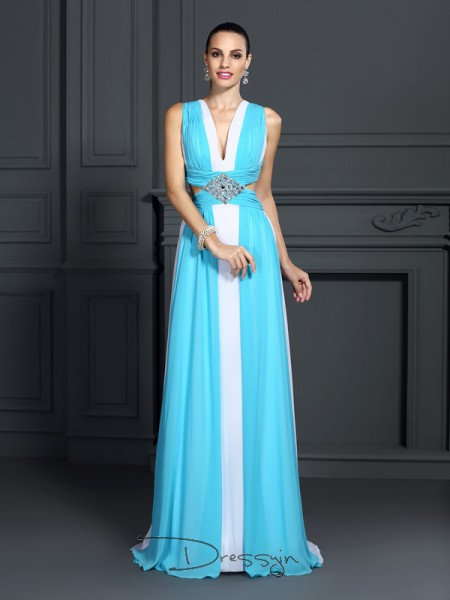 A-Line/Princess Halter Sleeveless Chiffon Ruffles Long Dress