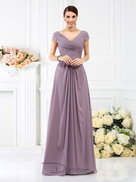 A-Line/Princess V-neck Short Sleeves Chiffon Pleats Long Bridesmaid Dress