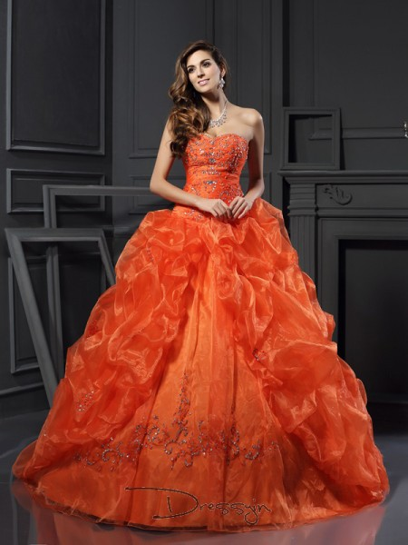 Ball Gown Sweetheart Sleeveless Organza Beading Applique Court Train Dress