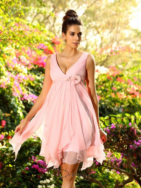 A-Line/Princess V-neck Sleeveless Chiffon Ruffles Knee-Length Bridesmaid Dress