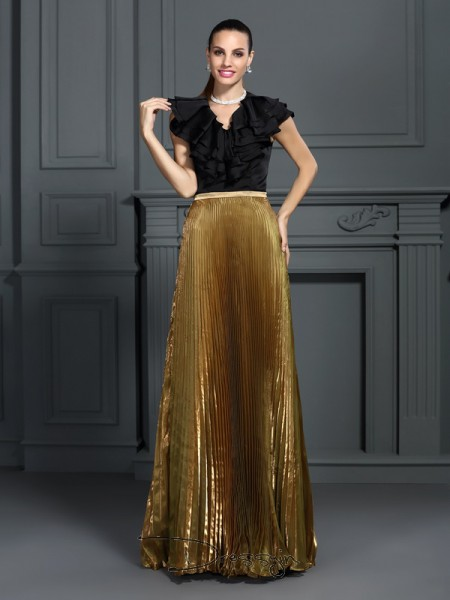 A-Line/Princess V-neck Sleeveless Tulle Pleats Long Dress