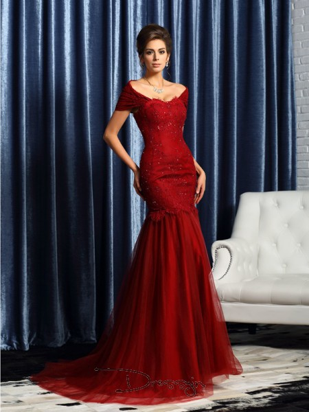Trumpet/Mermaid Off-the-Shoulder Short Sleeves Satin Beading Long Mother of the Bride Dresses