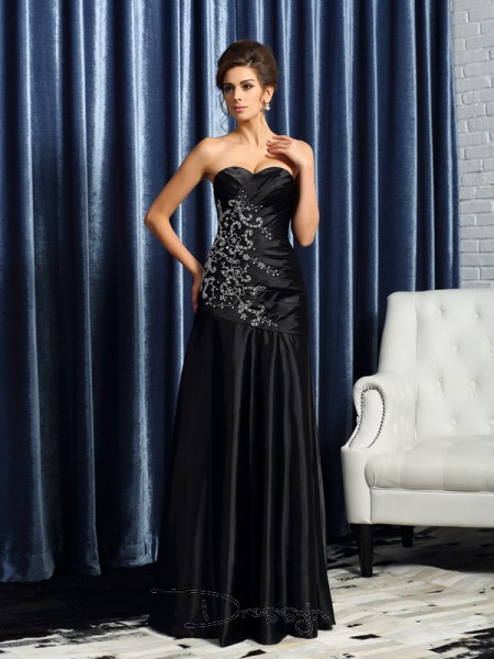 A-Line/Princess Sweetheart Sleeveless Satin Beading Applique Long Mother of the Bride Dresses
