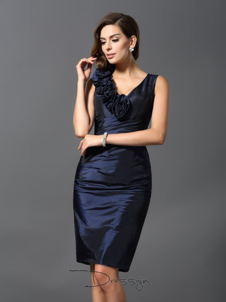 Sheath/Column V-neck Sleeveless Taffeta Hand-Made Flower Knee-Length Dress