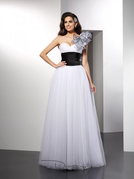A-Line/Princess One-Shoulder Sleeveless Sash/Ribbon/Belt Net Long Dresses