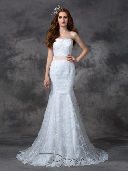 Trumpet/Mermaid Lace Sleeveless Strapless Sash/Ribbon/Belt Court Train Wedding Dresses