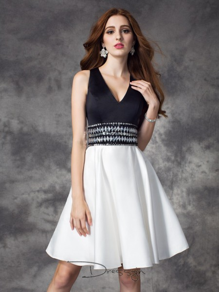 A-Line/Princess Satin Sleeveless V-neck Rhinestone Short Dresses