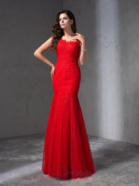 Sheath/Column Lace Sleeveless Scoop Applique Long dresses