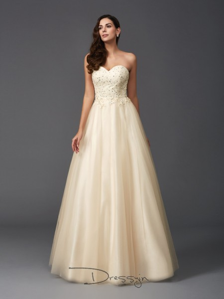 A-Line/Princess Net Sleeveless Sweetheart Beading Long Dress