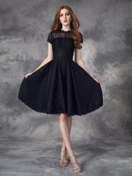 A-Line/Princess Lace Short Sleeves Jewel Knee-Length dresses