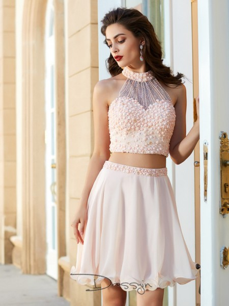 A-Line/Princess Sleeveless Halter Beading Chiffon Short dress