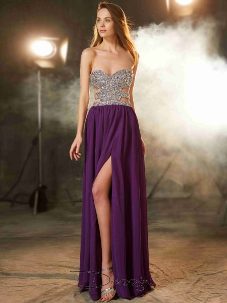 A-Line/Princess Sweetheart Sleeveless Crystal Chiffon Long Dress