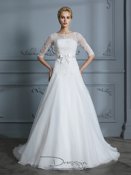 A-Line/Princess Scoop 1/2 Sleeves Tulle Court Train wedding dress