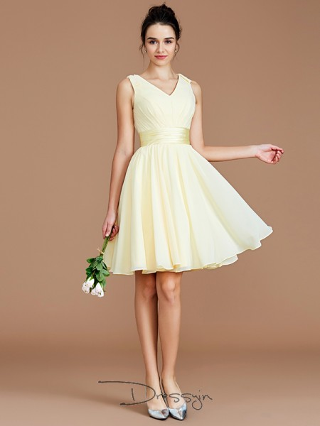 A-Line/Princess V-neck Sleeveless Sash/Ribbon/Belt Chiffon Short Bridesmaid Dress