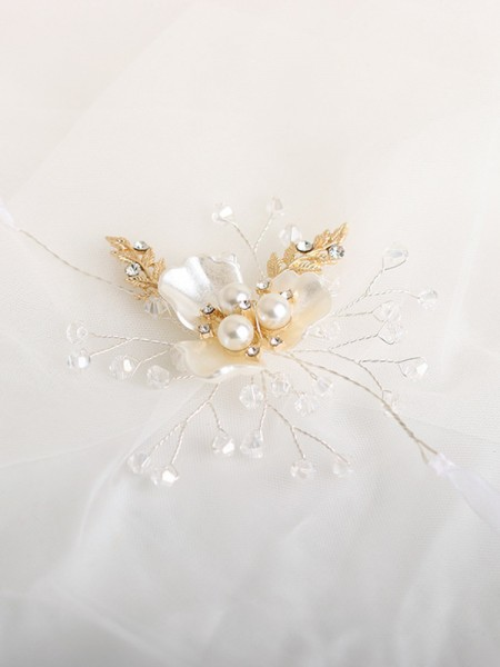 Cute Crystal Wrist Corsage Pearl Bouquet