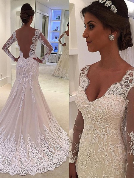 Trumpet/Mermaid Long Sleeves V-neck Lace Court Train Wedding Dress