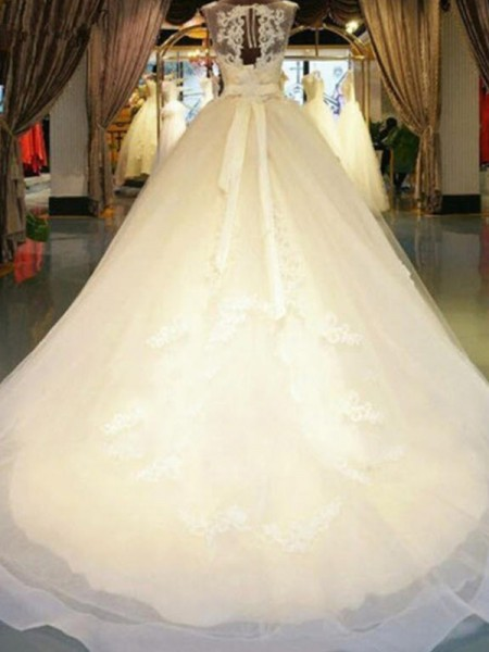Ball Gown Sleeveless Beading Off-the-Shoulder Lace Long Wedding Dress