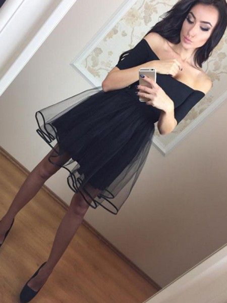 A-Line/Princess Off-the-Shoulder 1/2 Sleeves Ruffles Tulle Short Dresses