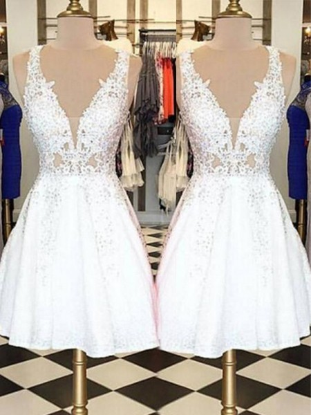 A-Line/Princess Bateau Sleeveless Applique Lace Short Dresses