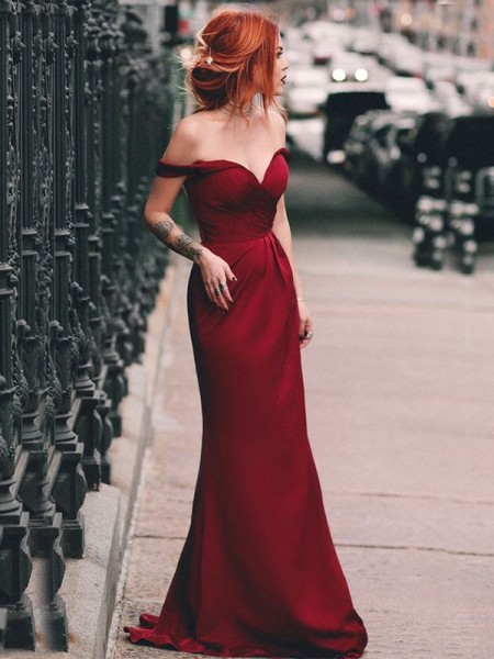 Sheath/Column Off-the-Shoulder Sleeveless Ruched Satin Long Dresses