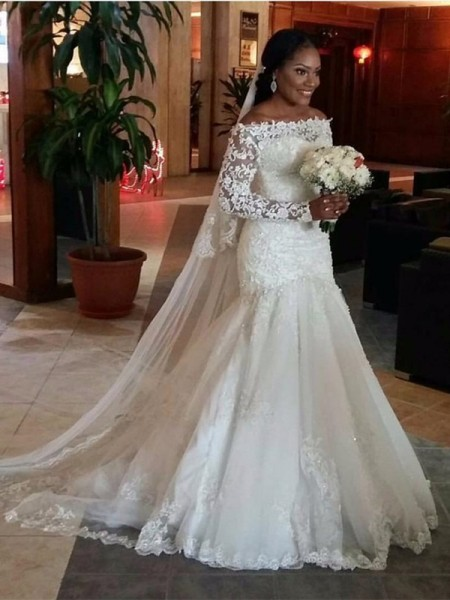 Trumpet/Mermaid Off-the-Shoulder Long Sleeves Long Tulle Wedding Dress