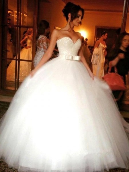 Ball Gown Sweetheart Sleeveless Bowknot Long Tulle Wedding Dress