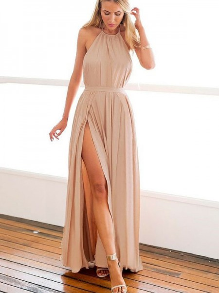 A-Line/Princess Halter Sleeveless Beading Long Chiffon Dress