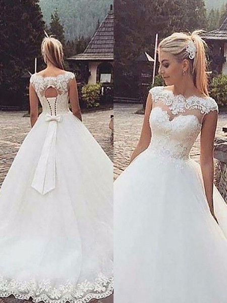 Ball Gown Sleeveless Bateau Tulle Court Train Wedding Dress