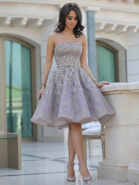 A-line/Princess Sleeveless Strapless Tulle Sequin Knee-Length Dresses