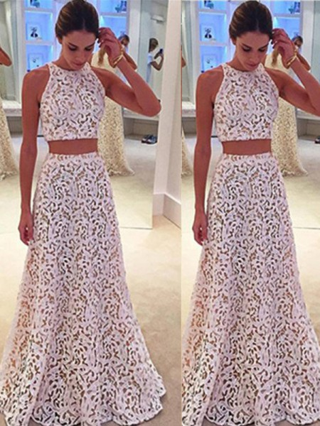 A-Line/Princess Sleeveless Scoop Lace Long Dresses
