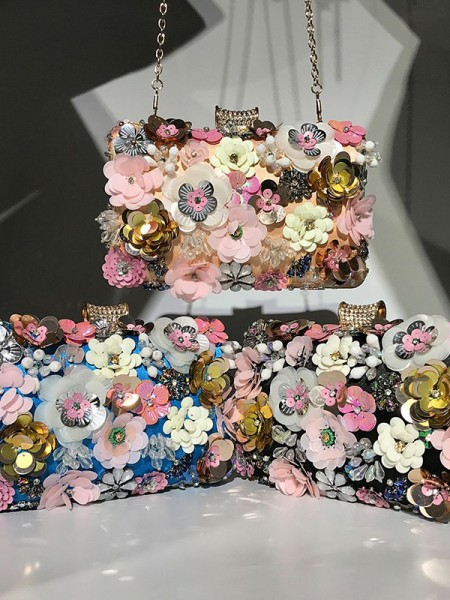 Trending Women's Evening/Party Handbags With 3D Flowers