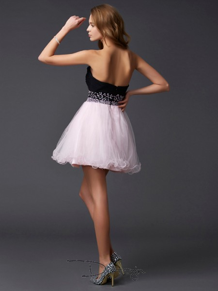 A-Line/Princess Sleeveless Sweetheart Beading Elastic Woven Satin Short Dress