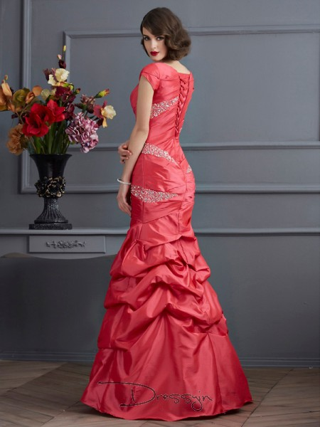 Trumpet/Mermaid Short Sleeves Scoop Beading Taffeta Floor-Length Dress