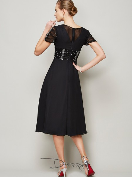 A-Line/Princess Short Sleeves V-neck Ruffles Beading Chiffon Knee-Length Dress