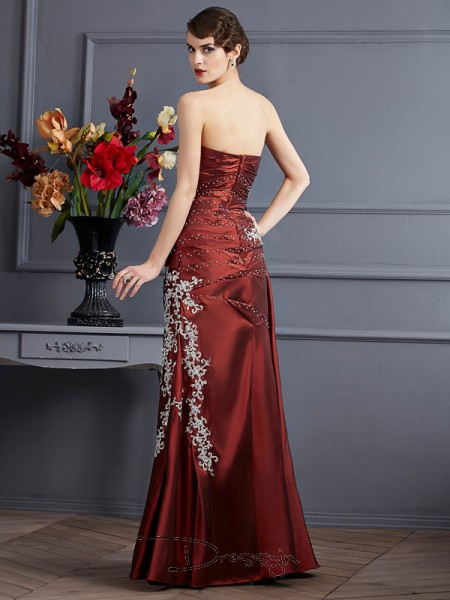 Sheath/Column Sleeveless Strapless Beading Applique Taffeta Floor-Length Dress