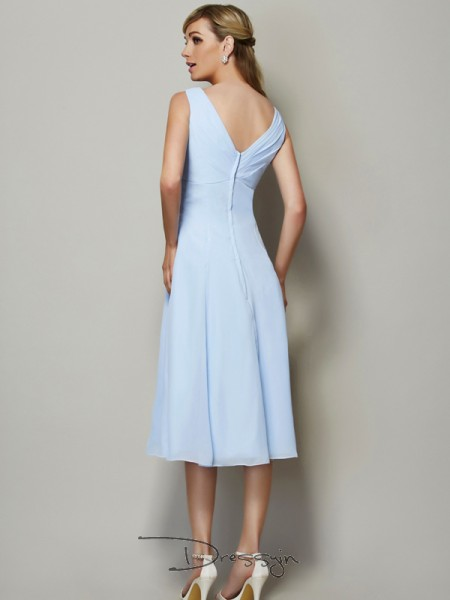 A-Line/Princess Sleeveless V-neck Pleats Chiffon Tea-Length Bridesmaid Dress