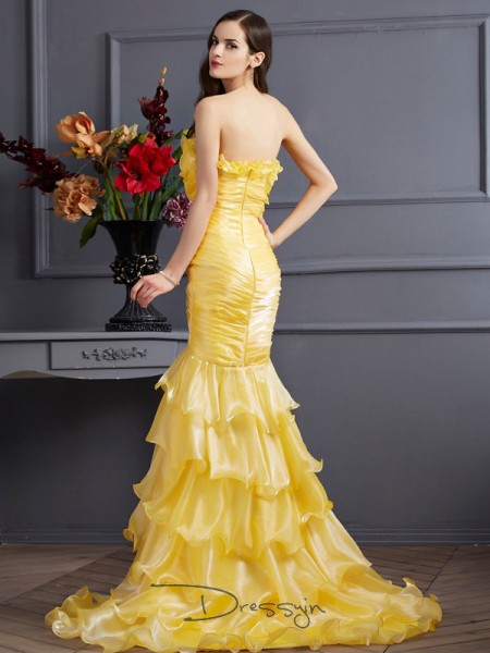 Trumpet/Mermaid Sleeveless Strapless Ruffles Tulle Long Dress
